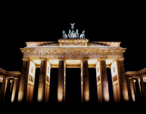 Brandenburger Tor Brandenburg-gate-berlin-d906