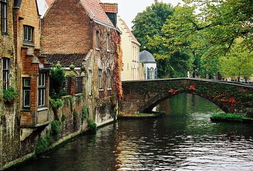 Cheap hotels in Bruges Belgium