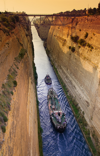 http://www.planetware.com/i/photo/corinth-canal-corinth-gr5457.jpg