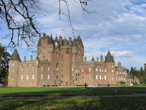 Picture of Glamis Castle, Dundee - Glamis Castle.