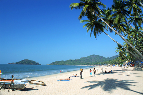 picture of goa   sunny day at palolem beach in goa