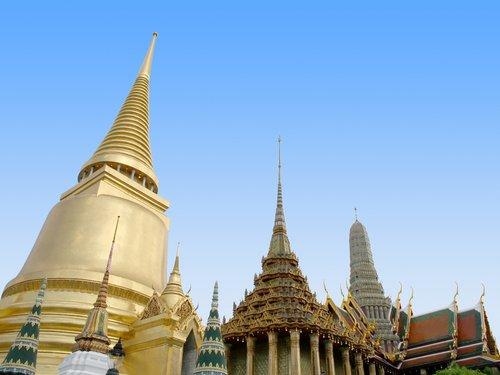 Exploring Bangkoks Grand Palace: A Visitors Guide ...