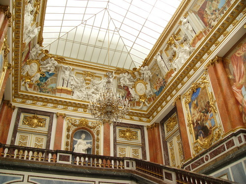 Herrenchiemsee ou le Versailles bavarois.  Herreninsel-schloss-herrenchiemsee-chiemsee-d999
