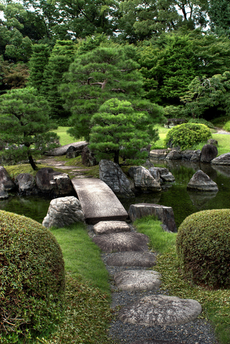Pin by catherine byrne on japanese gardens pinterest for Zen garden bridge