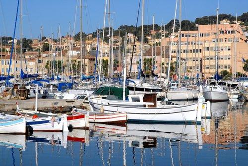7 top rated marseilles day trips planetware - Restaurant port la ciotat ...
