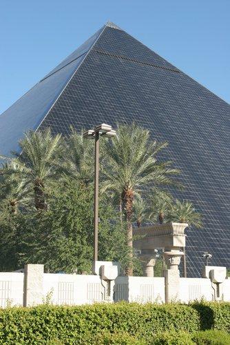 luxor hotel in vegas. Pyramid, Luxor Hotel in