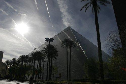 las vegas hotels luxor. Luxor Hotel in Las Vegas.