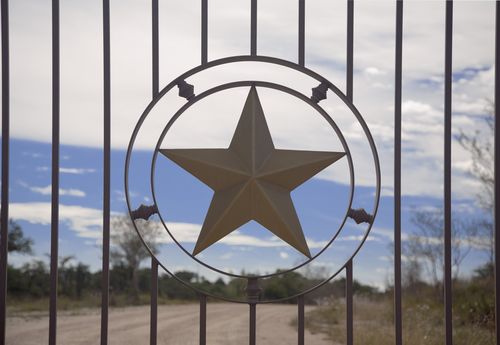 Just in case I move... Metal-star-on-wrought-iron-fence-in-texas-tx378