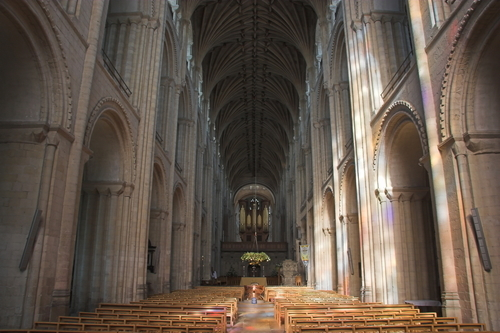 Norwich Cathedral - Norwich Attractions | PlanetWare