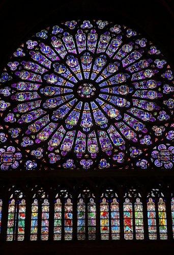 rozeta katedry Notre Dame de Paris