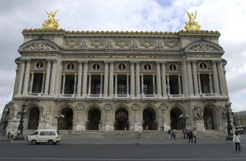 house in paris: