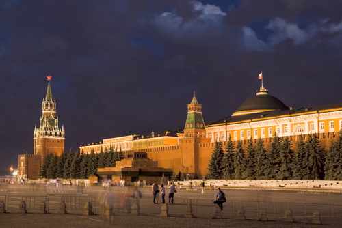 http://www.planetware.com/i/photo/red-square-in-moscow-at-night-r236.jpg