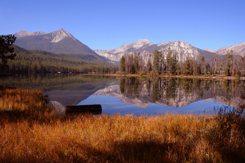 A lake and mountains in the Sawtooth Mountains. Sawtooth National Forest
