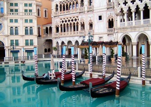 Picture gondolas at the venetian hotel in las vegas