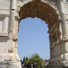Picture - The Arco di Tito in Rome.