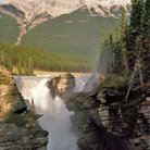 Picture - View of Athabasca Falls with a mountain in behind, in Jasper National Park.
