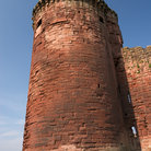 Picture - The tower of Bothwell Castle.