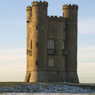 Picture - Snow around the Broadway Tower.