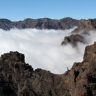 Picture - Clouds hovering in the Caldera de Taburiente.