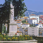 Picture - A statue in the Old Town of Cannes.
