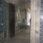 Picture - Decorated Iznik tilse in the Topkapi Palace in Istanbul.