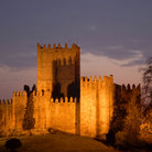 Picture - Night view of the Castle of Guimaraes.