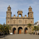 Picture - Palm trees line the square in front of the Catedral de Santa Ana in Las Palmas de Gran Canaria.