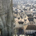 Picture - View over Chartres from the Cathedral.