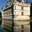 Picture - The Azay-le-Rideau Castle reflecting in the surrounding water.