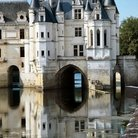 Picture - Château de Chenonceau reflecting in the water.