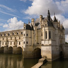 Picture - Chateau de Chenonceau over the water.