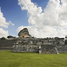Picture - The El Caracol observatory in Chichen Itza.