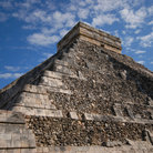Picture - Pyramid at Chichén Itzá.