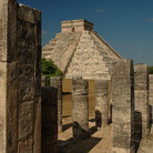 Picture - The main pyramid at Chichén Itzá.