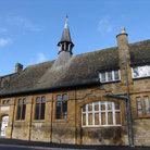 Picture - Old building with spire in Chipping Norton.