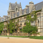 Picture - Front of Christ Church College in Oxford.