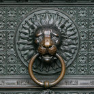 Picture - Bronze knocker in the shape of a lion head from the gate of the Cologne Cathedral.