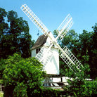 Picture - Windmill in Colonial Williamsburg.