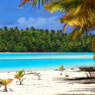 Picture - Typical beach scene in the Cook Islands.
