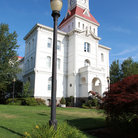 Picture - The historic courthouse in Corvallis.