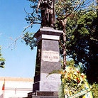 Picture - Statue stands in plaza in Cumana.