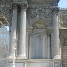 Picture - Details of columns of the Imperial Gate in the Dolmabahce Palace in Istanbul.