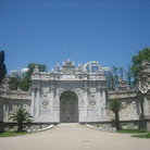 Picture - The gate in the Dolmabahce Palace in Istanbul.