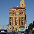 Picture - Ferry building in Auckland.