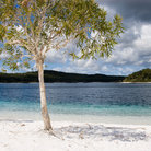Picture - Lake McKenzie on Fraser Island.