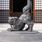 Picture - Lion statue at Zenkoji Temple in Nagano.