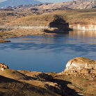 Picture - Rock walls of Lake Powell, Glen Canyon National Recreation Area.