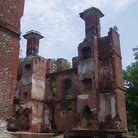Picture - Remaining walls of Rosewell Mansion in Gloucester, Virginia.