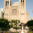 Picture - Park and Grace Cathedral in San Francisco.
