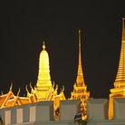 Picture - Night view of the Grand Palace and Wat Phra Kaeo in Bangkok.